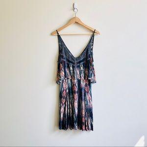 UO Ecote tiered ikat dress - Medium